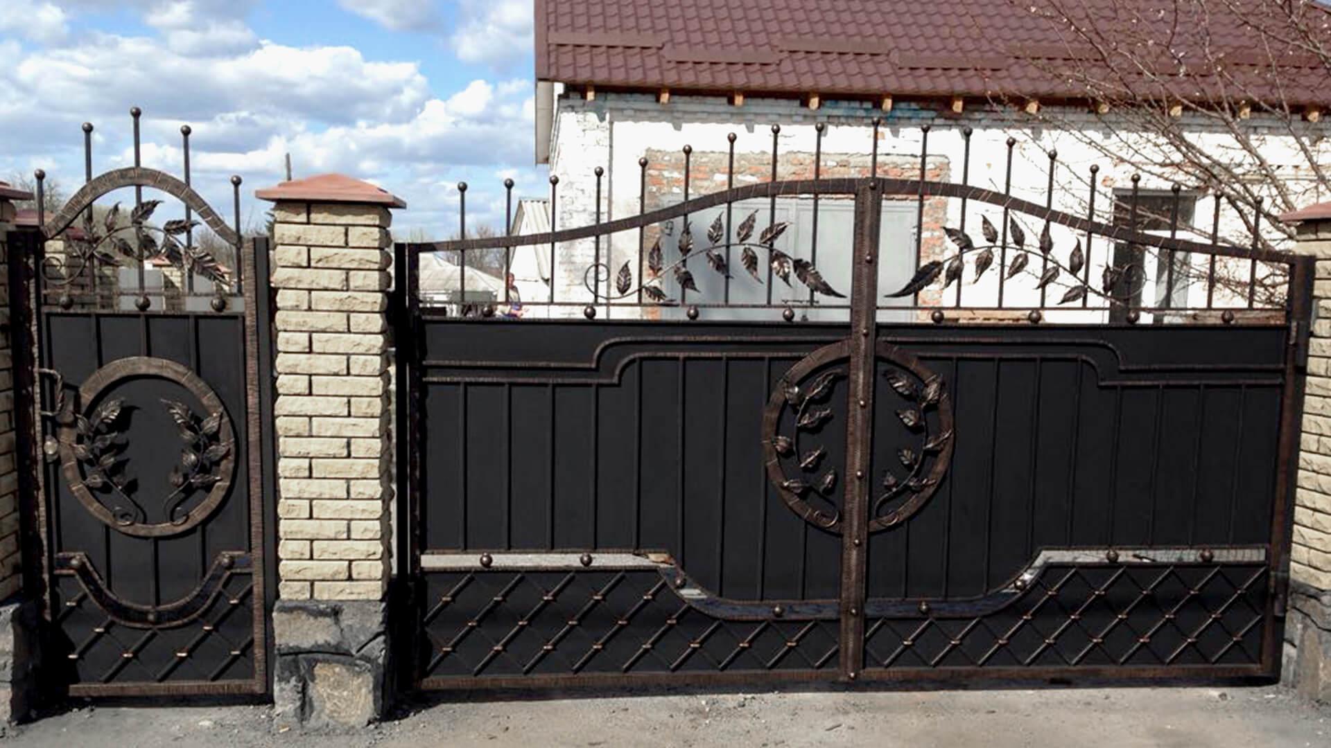 Кованые ворота КВ-2 изготовление, доставка и установка кованых ворот, Киев, Украина
