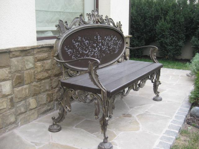 Кованая садовая лавка, барокко СЛ-3