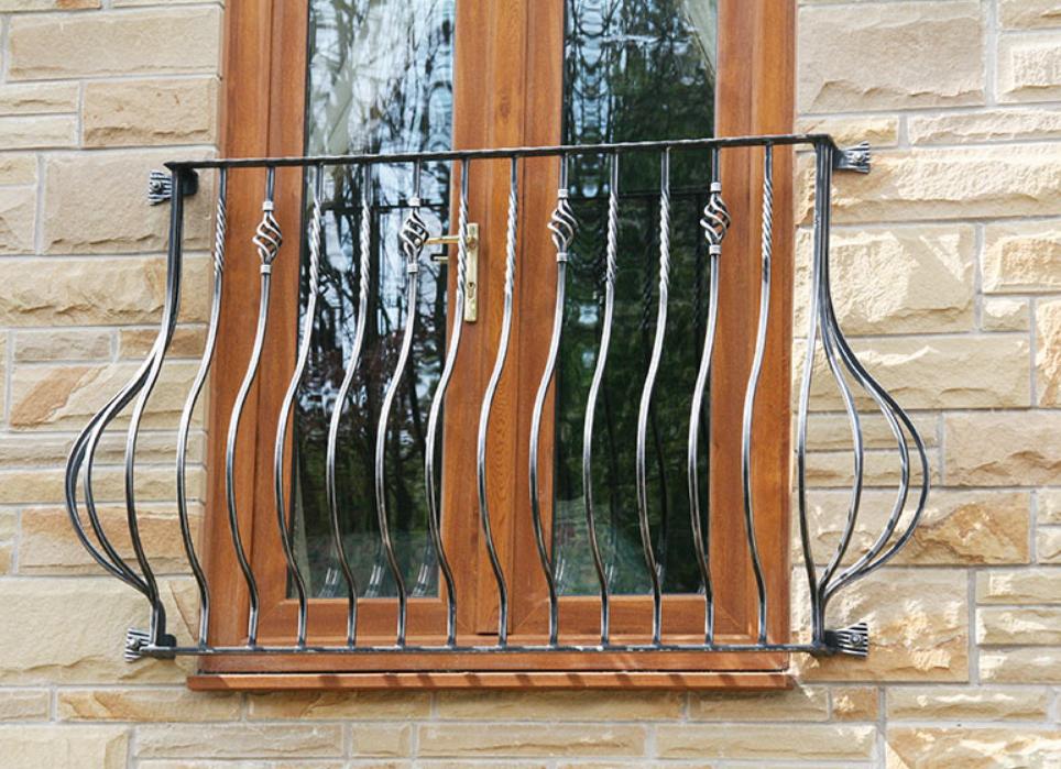 Кованый балкон, 1 м.п., арт. 40003