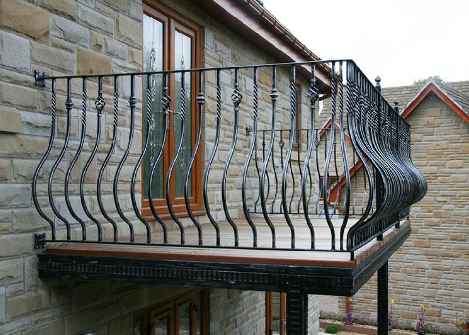 Красивый Кованый балкон КБ-3 фото, цена, Киев