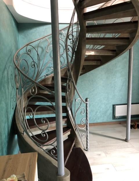 винтовая лестница Киев