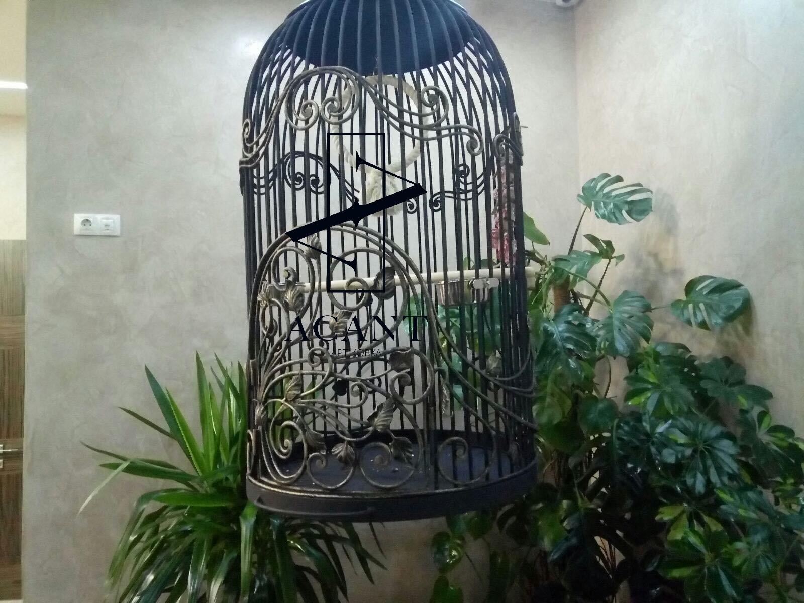 Кованая клетка для попугая