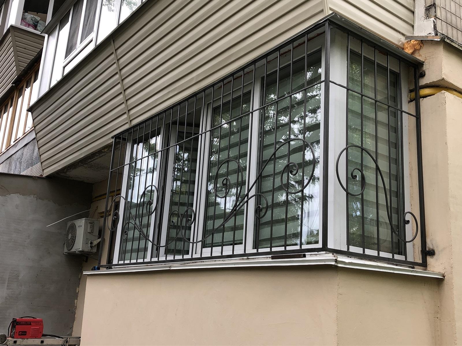 Кованые решетки на окна, арт. 30022