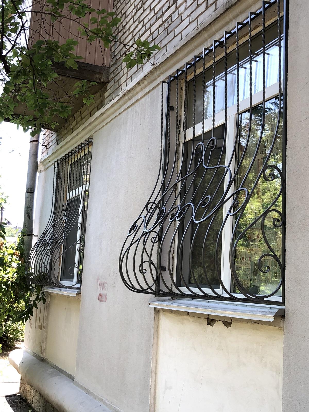 выпуклые решетки на окна