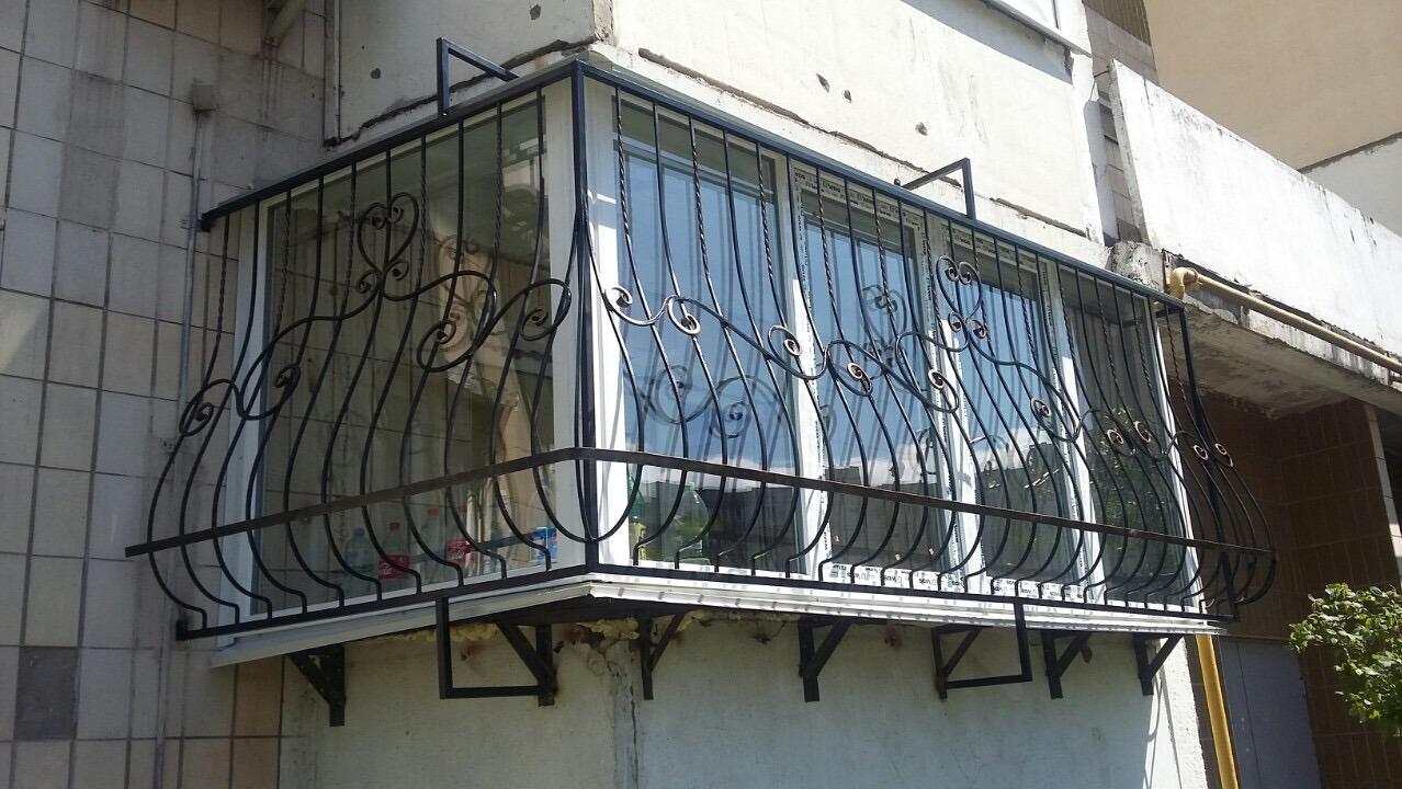 решетки на окна квартиры