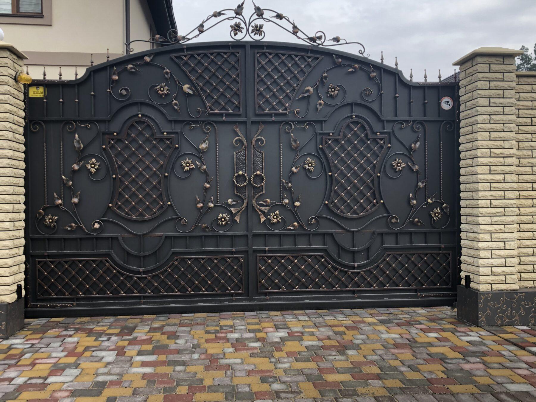Кованые ворота, 1 м.кв., арт. 20011