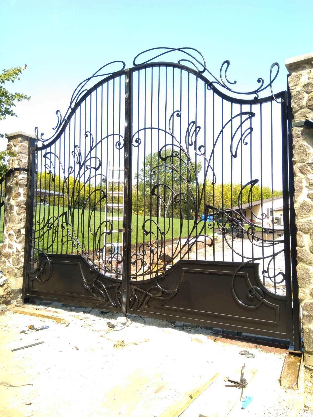 Кованые ворота, 1 м.кв., арт. 20010