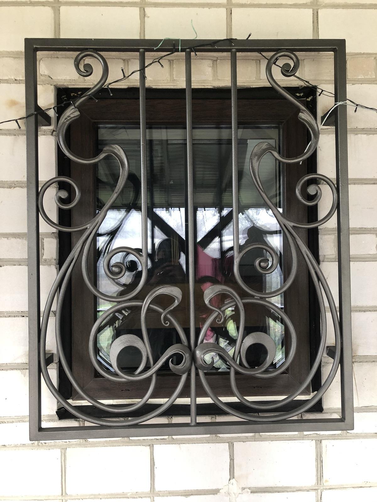 Кованые решетки на окна, арт. 30027