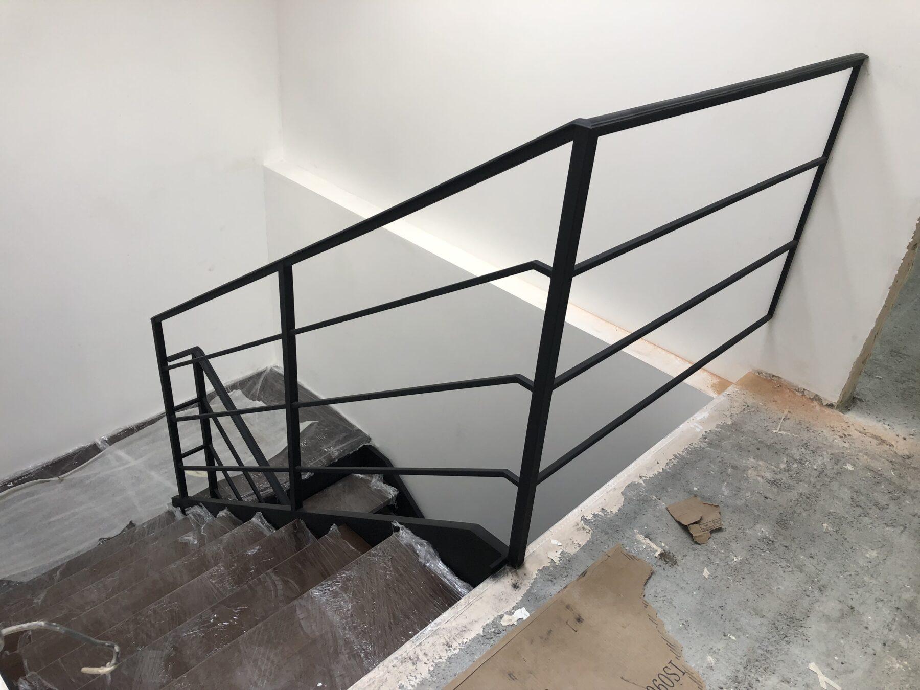 изготовление лестницы в частном доме